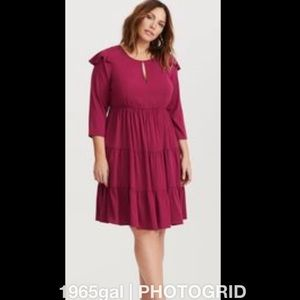 Torrid NWT Challis Berry Prairie Ruffle Tier Dress